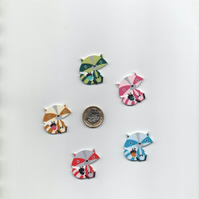 ChrissieCraft 5 assorted painted shaped comical RACCOON shaped wood BUTTONS
