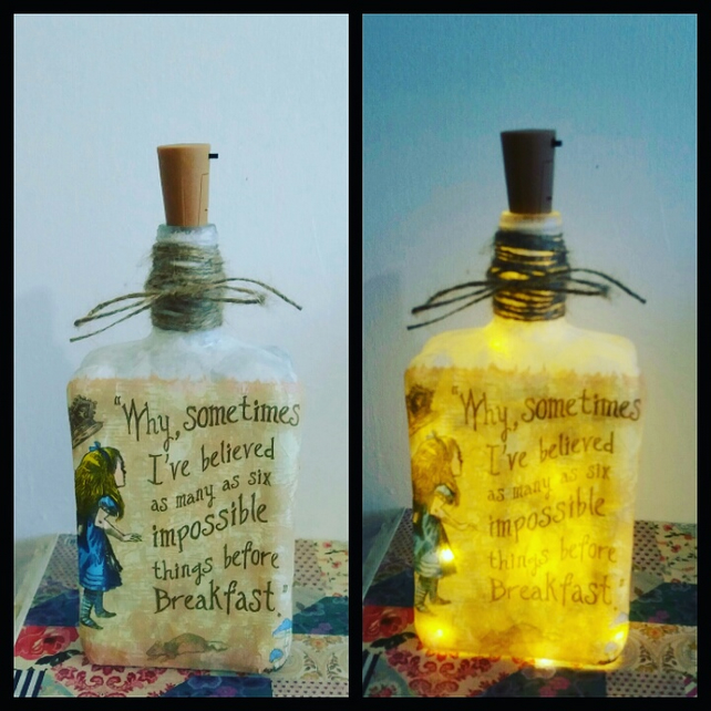 alice in wonderland impossible bottlelamp
