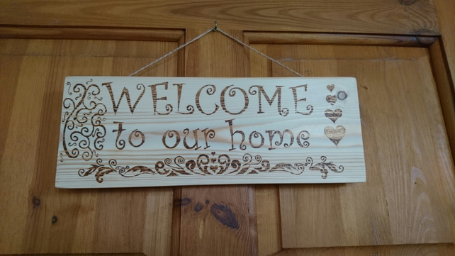 Pyrography wall plaque 'Welcome to our Home'
