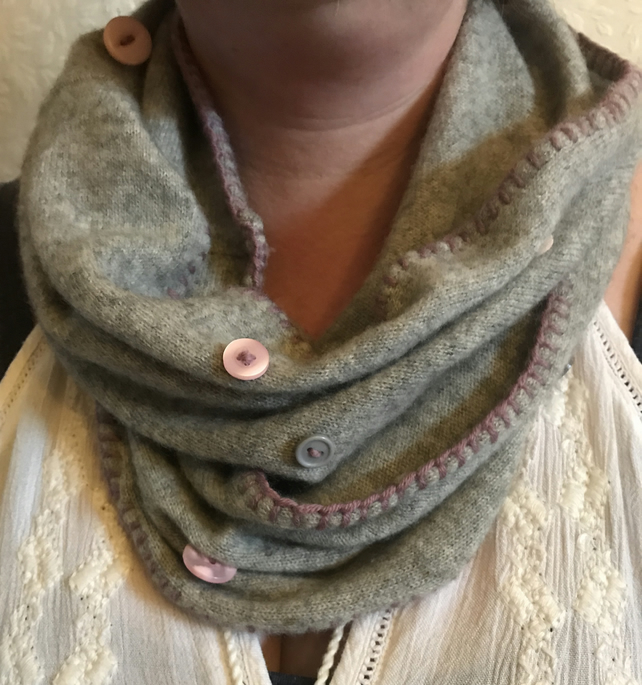 Upcycled Cashmere Snood