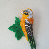 Embroidered Felt Bird Brooch, Chaffinch Bird, Felt Bird Brooch, Felt Bird