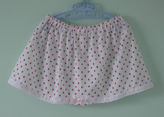 Strawberry skirt for a 2 year old. Special price!