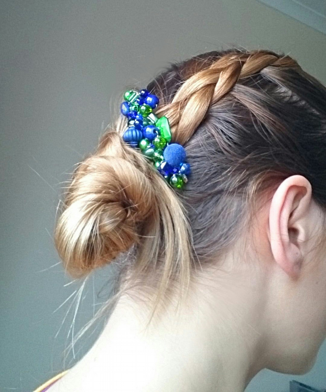 Green blue hair comb with beads, wedding hair comb