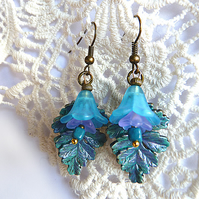Hanging earrings - flowers, leaf, vintage, gold