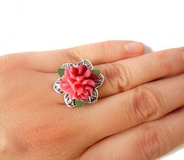 Ring with flower - rose, pink, openwork, vintage
