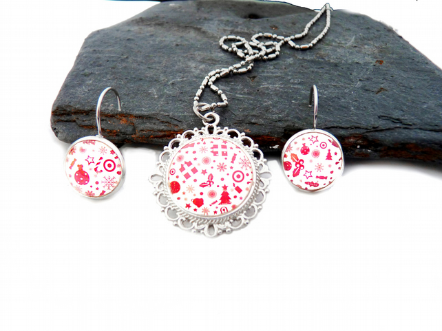 Christmas jewelry set - xmas jewelry, Christmas tree, presents, christmas earrin