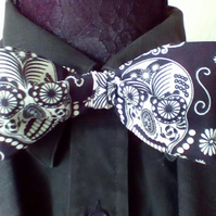 Glow in the dark candy skull Bowtie