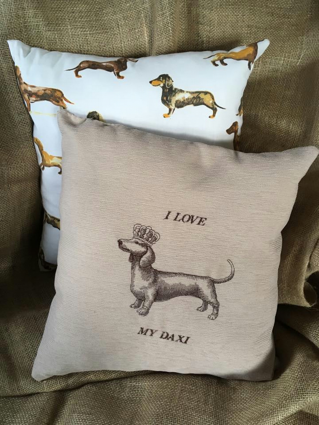 Handmade embroidered daxi cushion