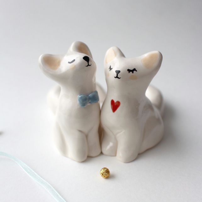 Cake Toppers Mr. & Mrs. Fox. Handmade Ceramics Wedding Anniversary Gift.