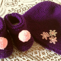 Cute cosy Beanie Hat & Bootee set in Plum & Pink for 0 to 6 month baby