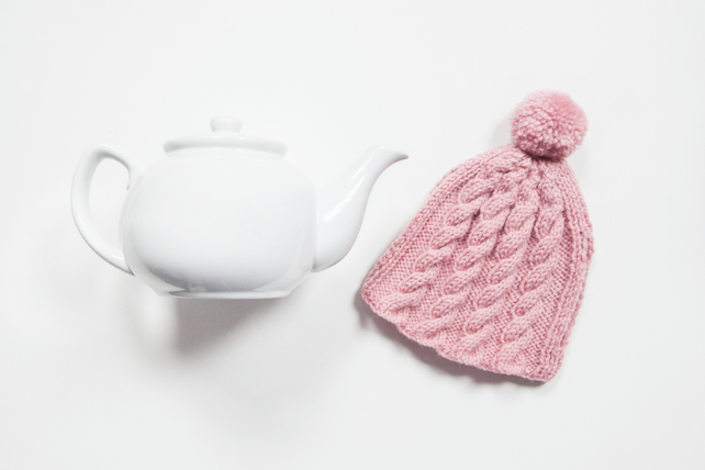 Vintage Pink hand knitted tea cosy - Pom pom tea cosy - Teapot cover & warmer
