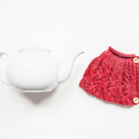 Red hand knitted tea cosy - Teapot cosy - Tea lover's gift