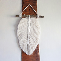Single Macrame Feather. Leaf Wall Hanging. Boho Wall Decor