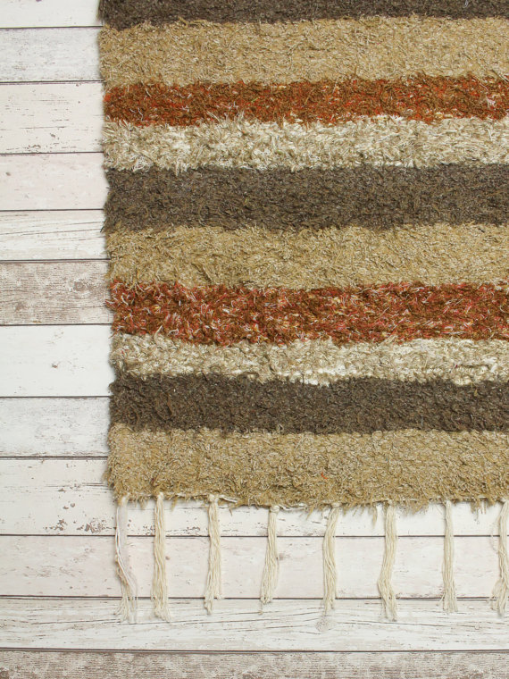 140x200 cm. 4'6x6'6 Brown Shaggy rug Handwoven Up-cycled & Washable rug