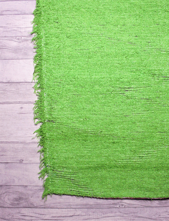 (140x200 cm. 4'6 x 6'6 ft)  Green rug, Handwoven, Up-cycled & Washable rug