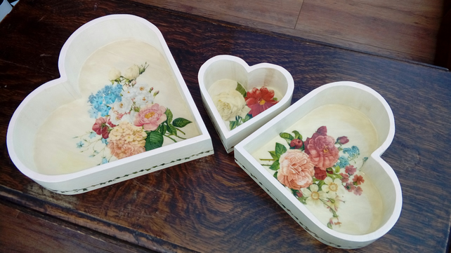 Nesting heart trinket trays, set of 3, wooden, shabby chic, decoupage, floral