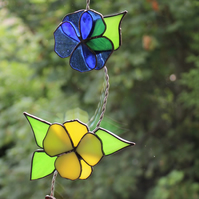 Stained Glass Flowers with Butterfly Suncatcher
