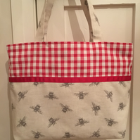 Bee and gingham print fabric bag