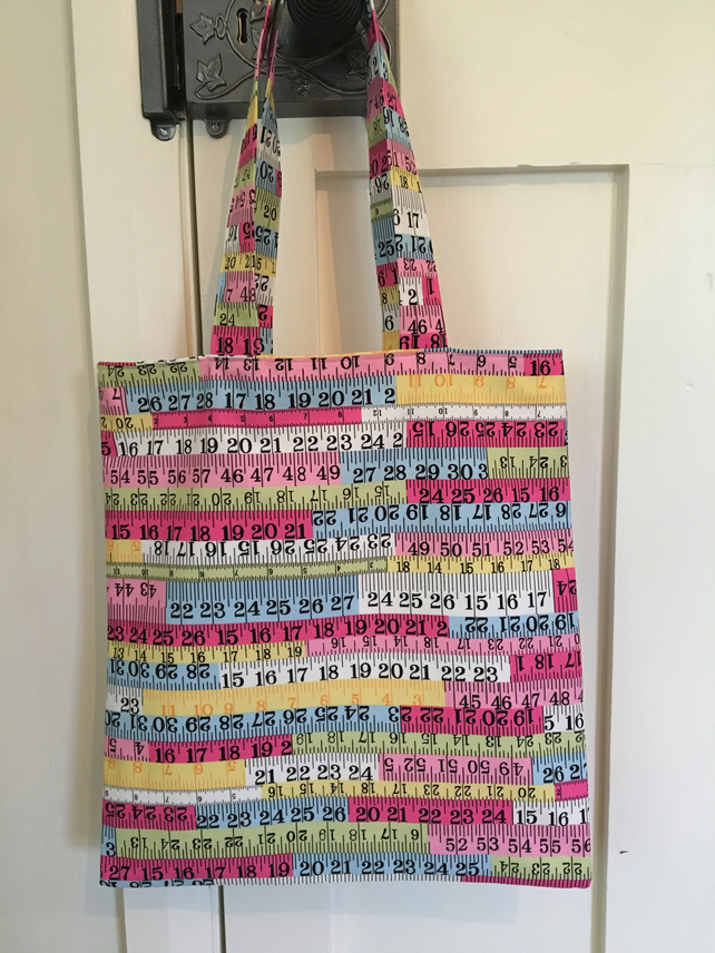 Tape measure print fabric bag
