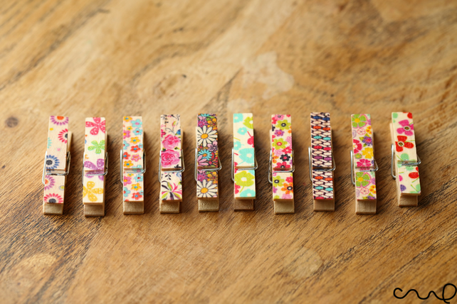 10 x Small Floral Wooden Cloth Pegs 3.5cm Long Wedding Party Craft A