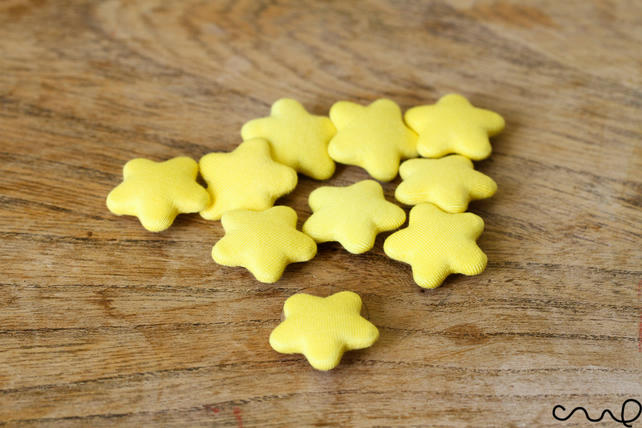 10 x Yellow Star Handmade Fabric Covered Buttons Card Making Craft 36L 23mm