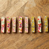 10 x Small Floral Wooden Cloth Pegs 3.5cm Long Wedding Party Craft C