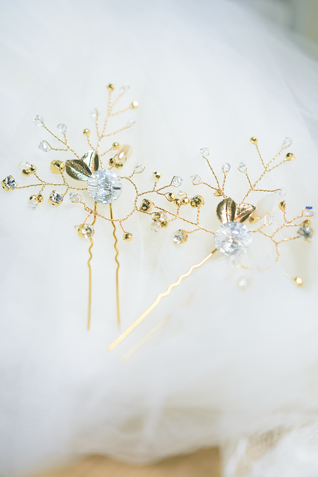 K003 Set of 3 gold plated crystal hair pins with Swarovski crystals