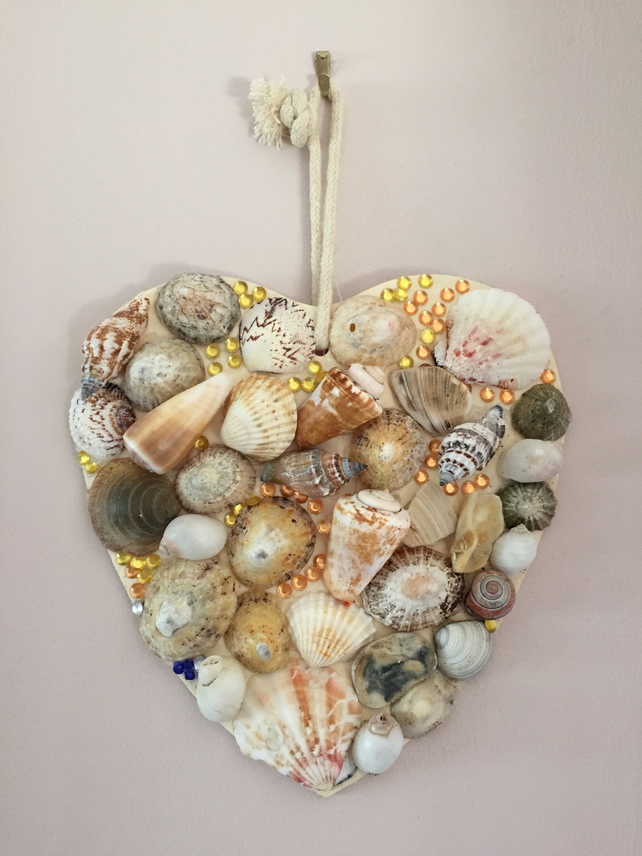 Hand crafted shell Heart