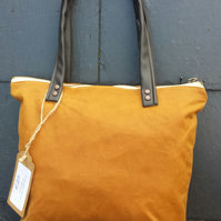 Tan waxed canvas shoulder handbag