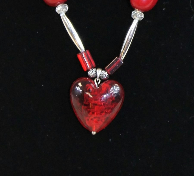EL 022 - Red Glass Heart Pendant Necklace