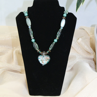 EL 023 Glass Heart Pendant Necklace