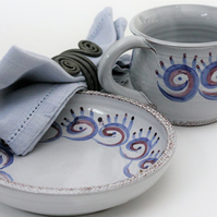 Ceramic breakfast cup and plate set
