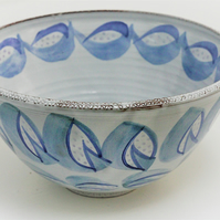 Serving bowl in shades of blues