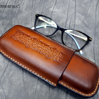 Leather case for reading glasses or pencil case, leather accessory, leather gift