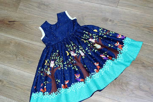 Children's pretty party dress