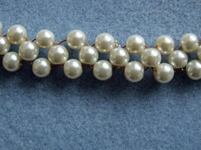 FREE UK P&P Handmade Glass Pearl Cuff Bracelet in Ivory with bolt ring clasp