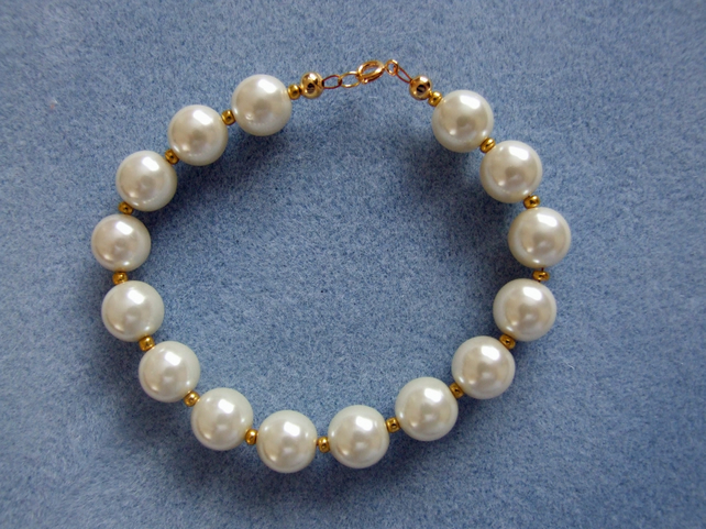 Bracelet Quality Glass Pearls Ivory & Gold Bead Chunky Vintage Style SALE PRICE