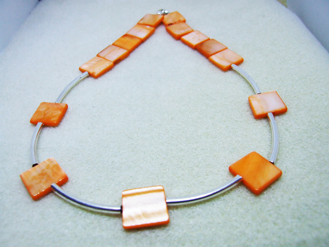 FREE UK P&P Shell Necklace in Orange with Spacers Tubes