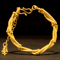 Gold Wire Spirali Bracelet with Gold Fill Beads