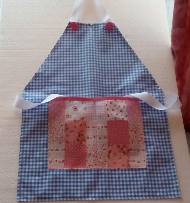 Child's Apron pinny baking cooking crafts