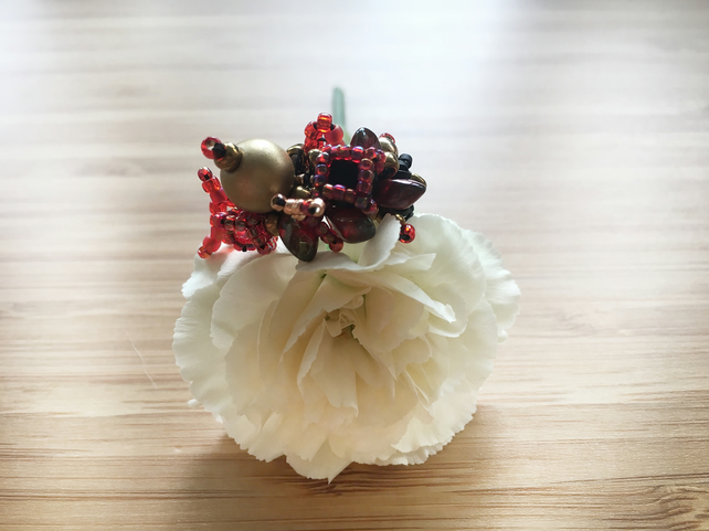 Queen of Hearts Red and Gold Beaded Ring