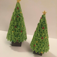 Pair Of Quilled Christmas Trees