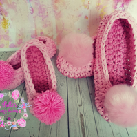 Crochet Mom and Daughter slippers