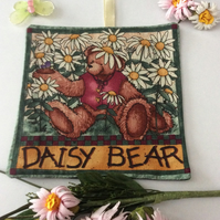 LAVENDER BAG SACHET TEDDY BEAR WHITE DAISIES FABRIC