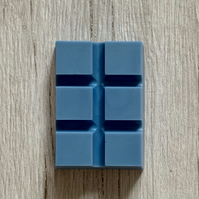 Handmade Chunky Comfortable Blue Scented Snap Bar