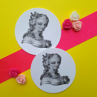 The Portrait - Set of Five Vintage Illustration 5cm Round Circle Gift Tags