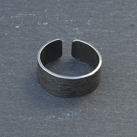Oxidised lace texture ring