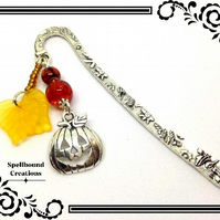 Tibetan Silver Metal Pumpkin Jack O Lantern Autumn Fall Bookmark. BM1