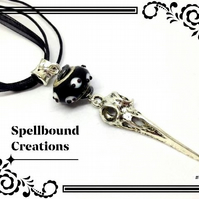 Tibetan Silver Crow Skull Charm With Glass Bead Pendant Necklace. N13