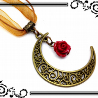 Steampunk Crescent Moon & Rose Bead Bronze Tone Charm Pendant Necklace. SP4